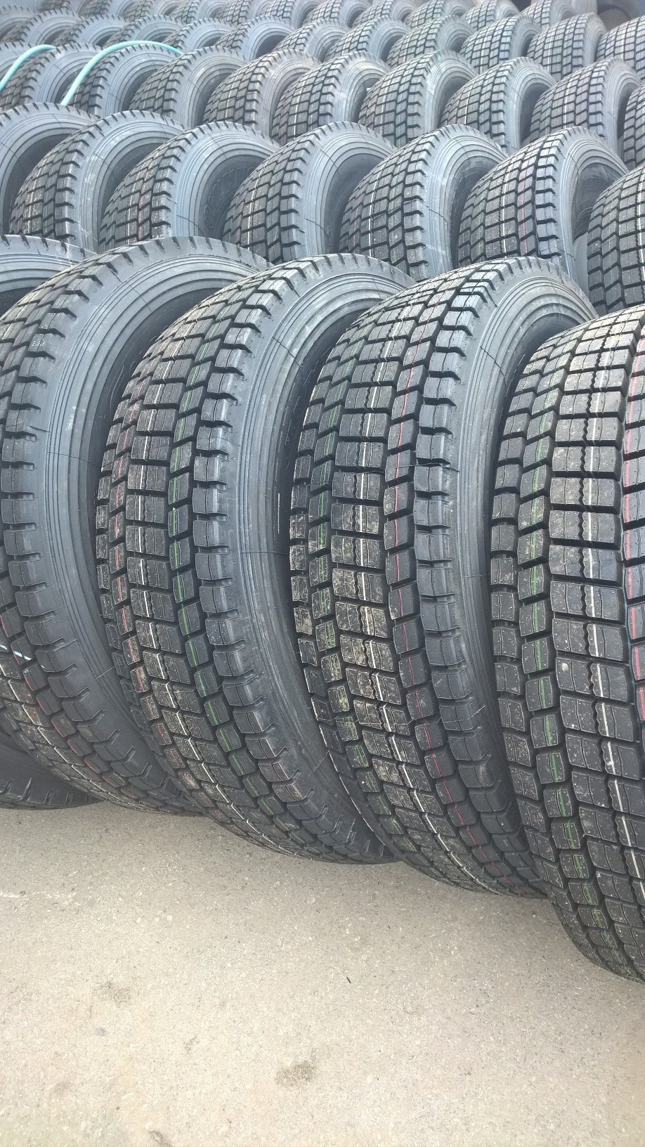 Грузовая шина GOLDSHIELD HD717 315/80R22.5 20PR 156/152К (вед)